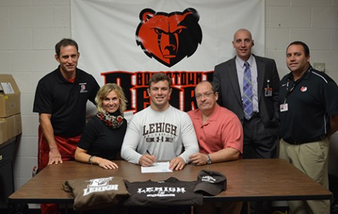 BASH Seniors Earn Athletic Scholarships