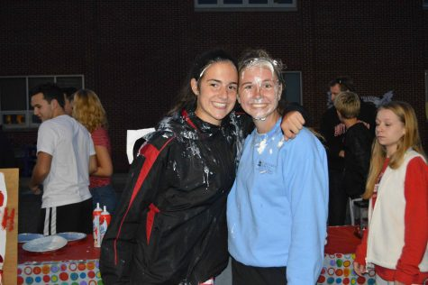Clubs Come Out for Homecoming Carnival