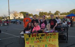 The Cub staff members pose for a picture at the Homecoming Carnival