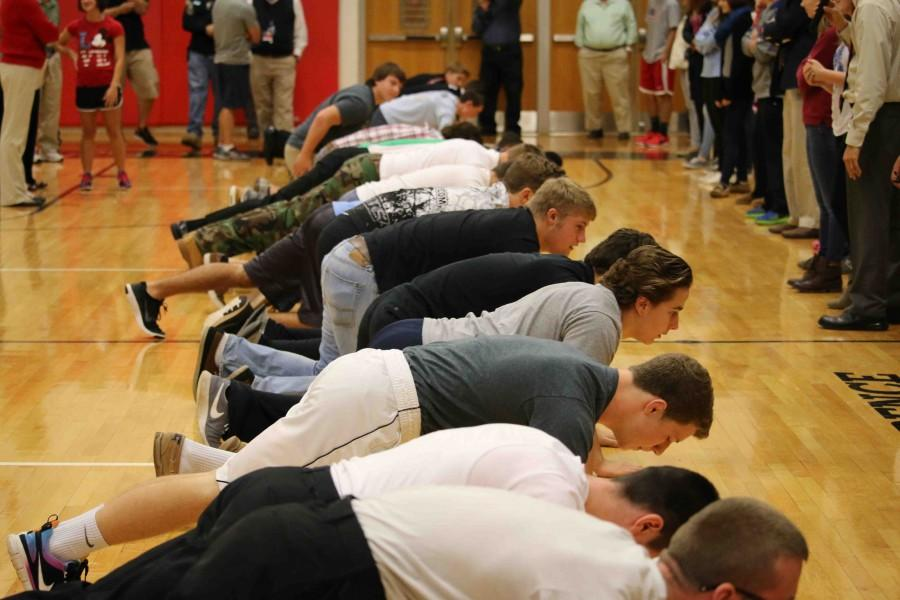 Students+participate+in+Veterans+Day+pushup+contest.
