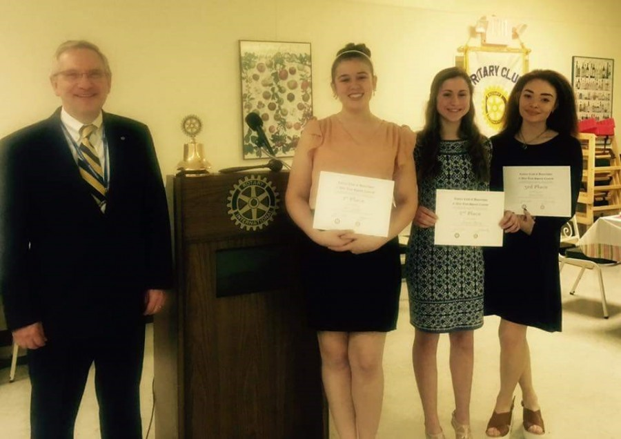Alexis+Zilen%2C+Amanda+Murray+and+Olivia+Foster+were+winners+of+Rotary+Club+Speech+Awards.