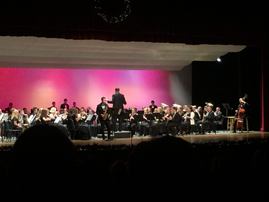 Band+and+Orchestra+Break+out+Traditional+Holiday+Tunes+at+Winter+Concert