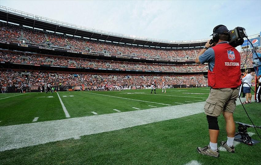 NFL Faces Issue of Decrease in Television Ratings
