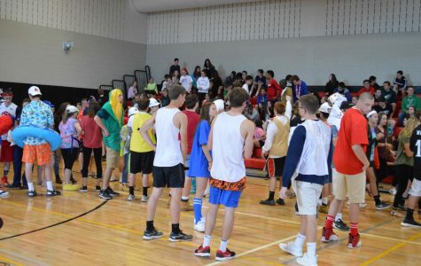 Incoming Freshmen, Sophomores Take Tours
