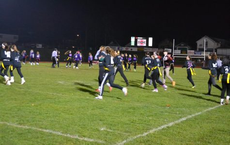 Seniors Win Powder Puff