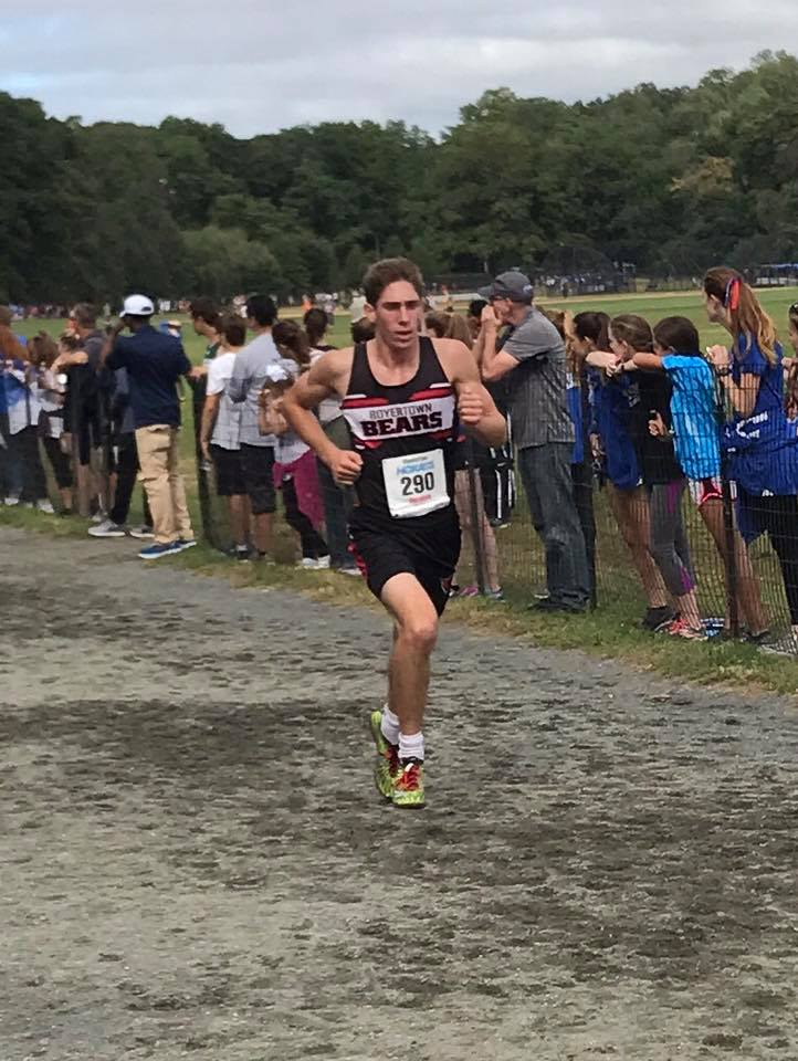 Senior Cross Country Runner Dom DeRafelo is one of two runners who made it to states this season.