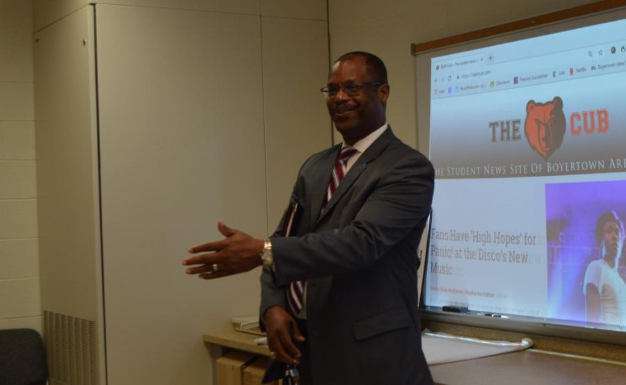 Superintendent Dr. Dana Bedden talks to the Cub staff.
