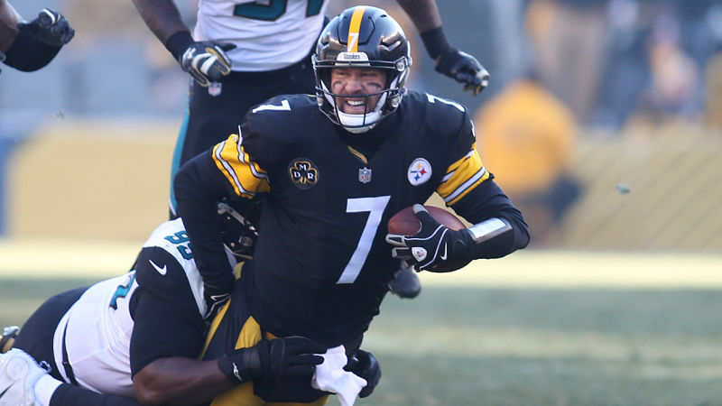 Jan 14, 2018; Pittsburgh, PA, USA; Jacksonville Jaguars defensive tackle Marcell Dareus (99) sacks Pittsburgh Steelers quarterback Ben Roethlisberger (7) during the second quarter in the AFC Divisional Playoff game at Heinz Field. Mandatory Credit: Charles LeClaire-USA TODAY Sports