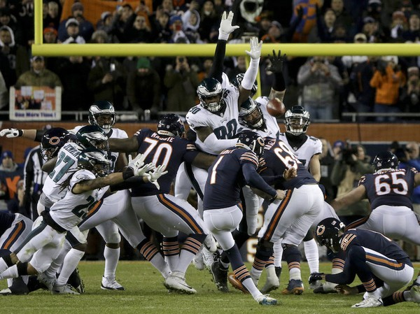 Eagles Grind Out Wild Wild-Card Win Over Bears, 16-15