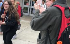 'The Clapping Guy' Adds A Bit of Cheer to End of Students' School Day