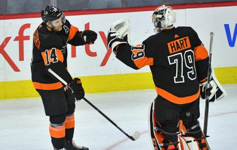 Couturier's Hat Trick Lifts Flyers To Back-To-Back Wins
