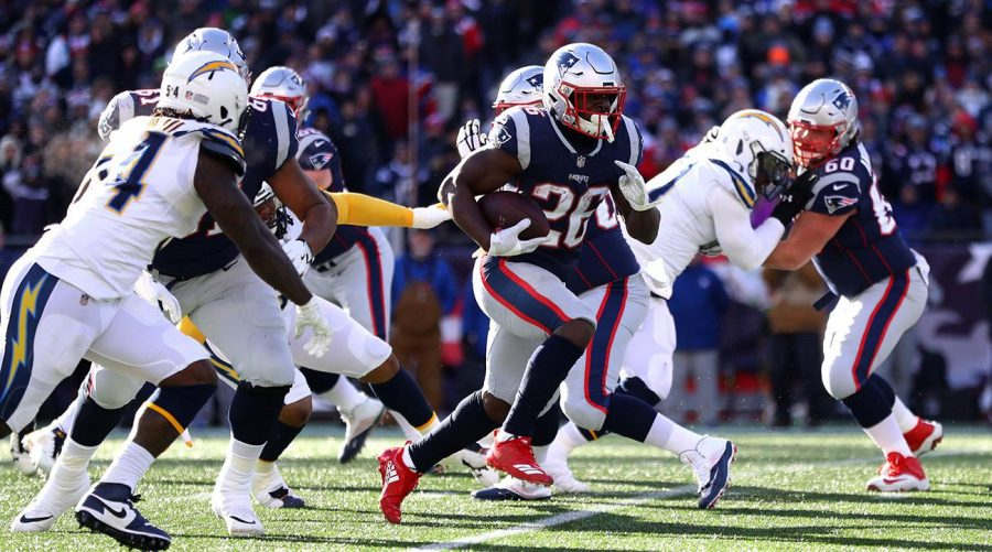 Ageless+Brady+Leads+Patriots+to+Dominant+Win+Over+Chargers%2C+Advances+to+8th+Straight+AFC+Championship