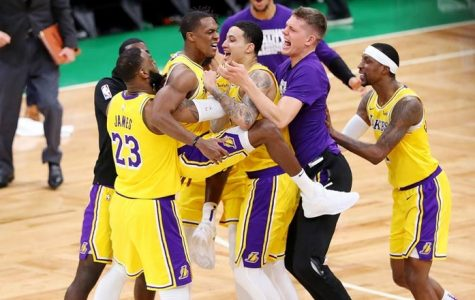 Rajon Rondo Lifts Lakers To A Win Over Boston