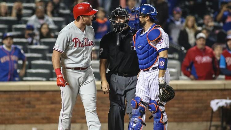 Phillies%27+Rhys+Hoskins+made+no+friends+with+the+Mets+after+narrowly+avoiding+a+fastball+to+the+head+on+Tuesday+night.