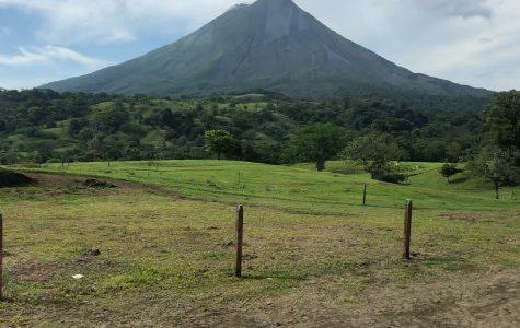 Students Tour Costa Rica Over Spring Break