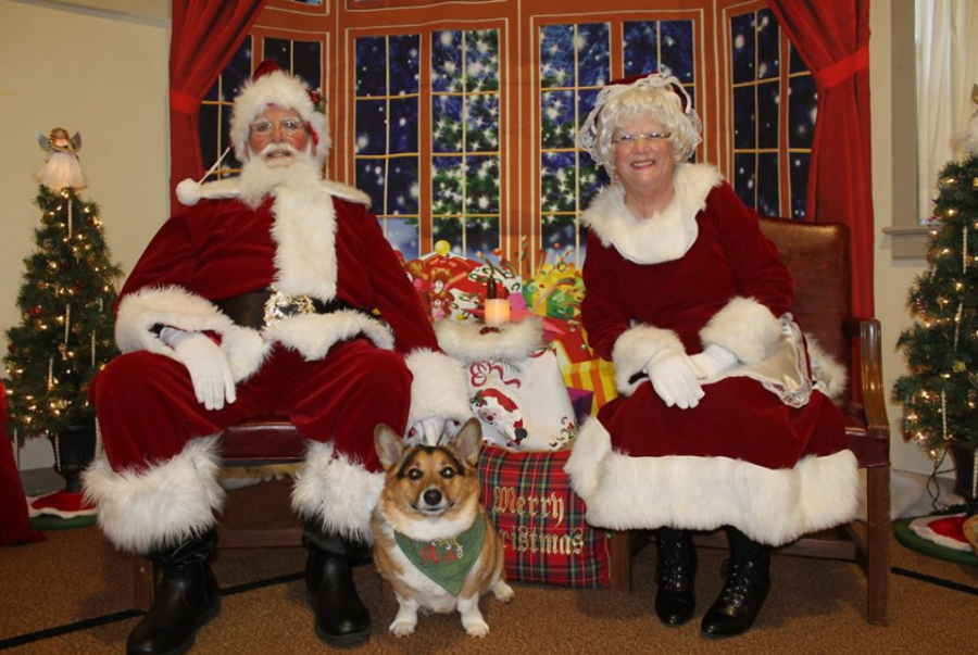 Mr.+and+Mrs.+Claus+at+the+Upper+Frederick+Santa+breakfast.