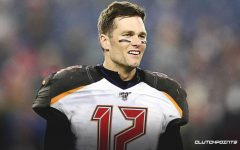 Legendary quarterback Tom Brady signs with Tampa Bay Buccaneers
