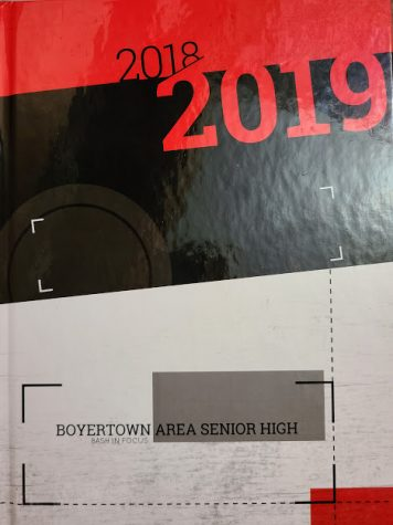2018-2019 school year yearbook cover