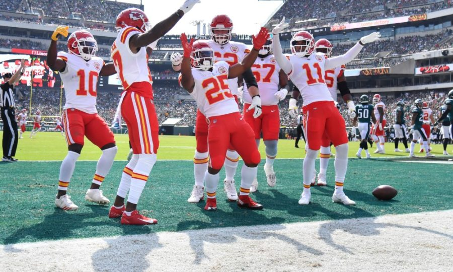Eagles give up 40+ points in second straight game in loss to the Chiefs